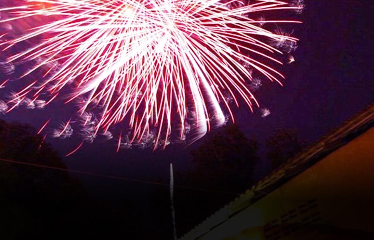 My花火大会での綺麗な花火の画像