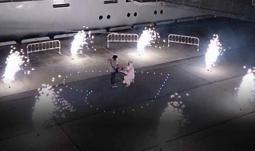 プロポーズ・サプライズでのプロポーズする瞬間の画像